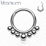 Graduated Bead Trim Titanium Hinged Segment Clicker Ring